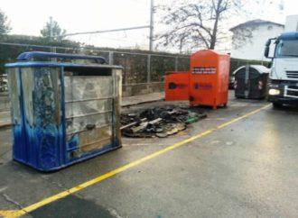 Nou incendi de contenidors