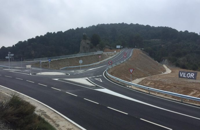 S'habilita una zona d'aparcament i mirador al nou vial d'accés a Ribes Blaves